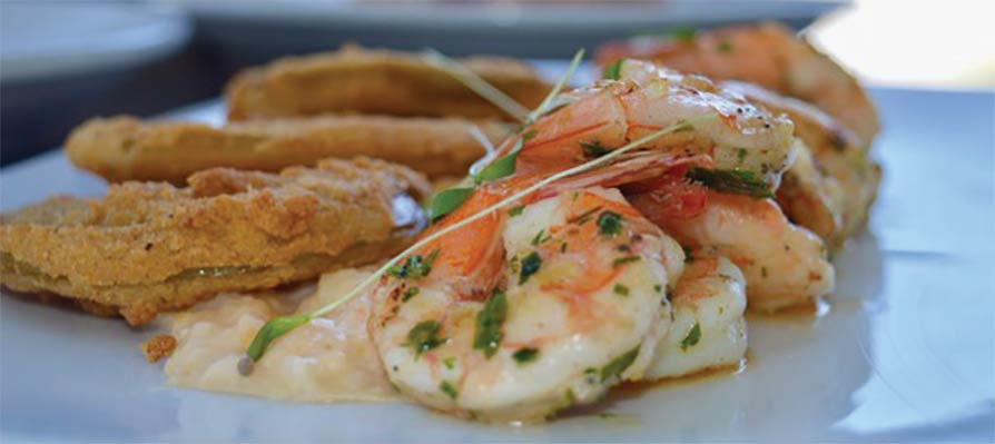 Acme Lowcountry Kitchen's Whistle-stop Shrimp and Grits (recipe serves 4)